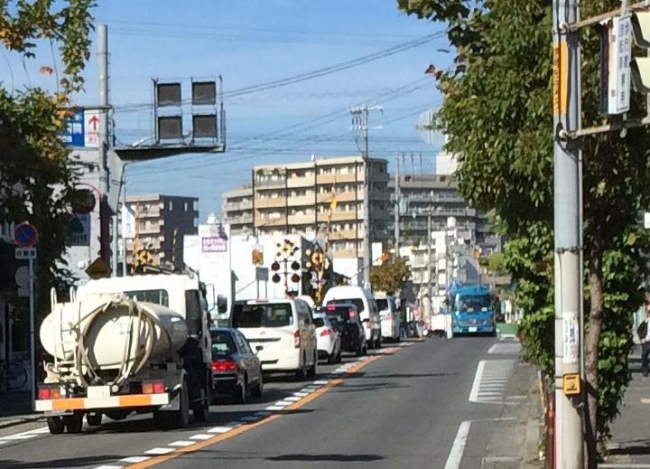 摂津市駅 踏切渋滞