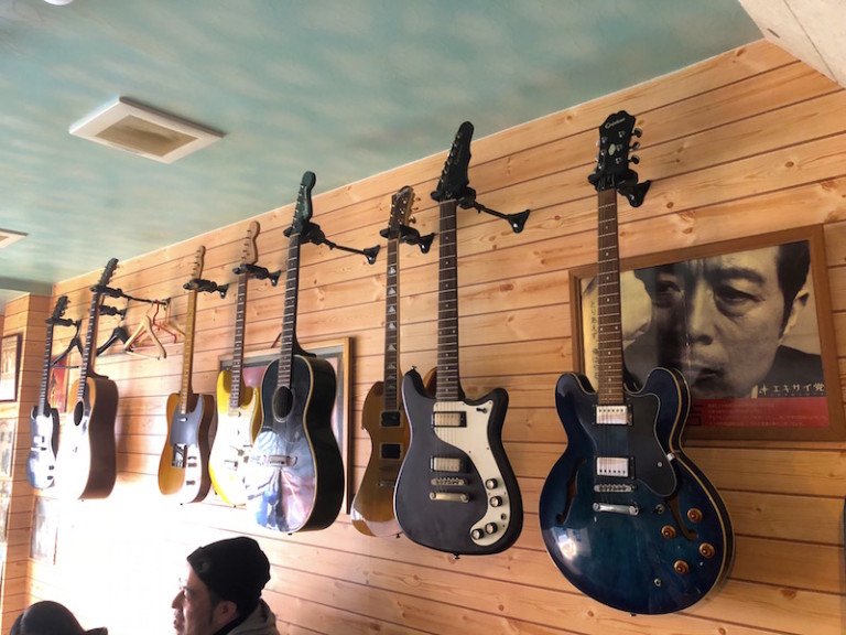 べべボーイ ギター