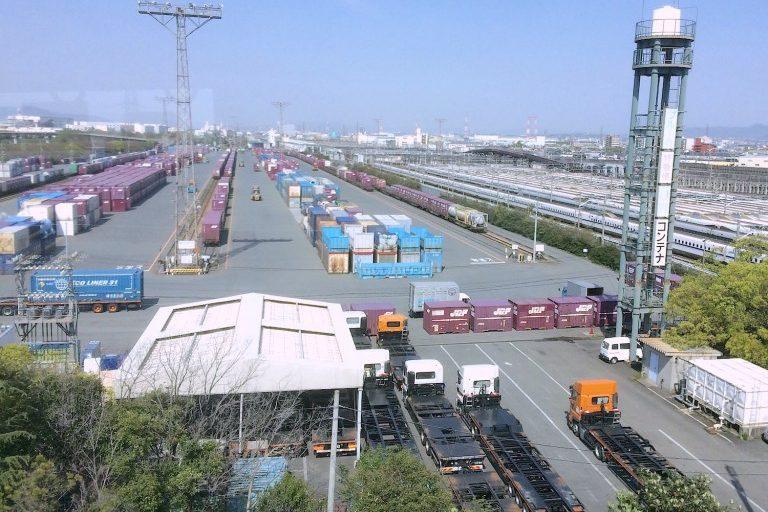 大阪貨物ターミナル駅