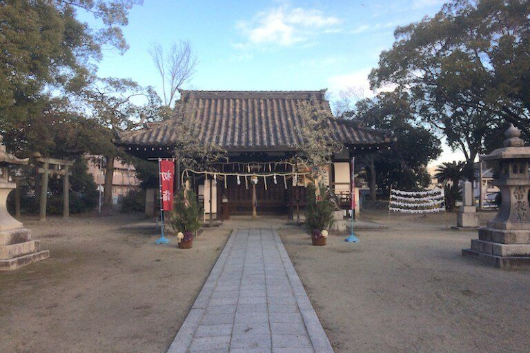 井於神社 拝殿