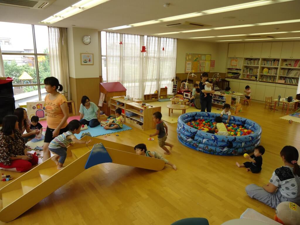 地域子育て支援センター