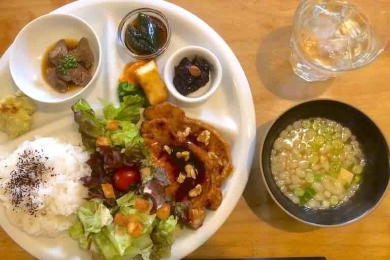 【摂津市】アメリカンなお家カフェ「Cafe 5HAN」のランチがワンプレートにリニューアル!